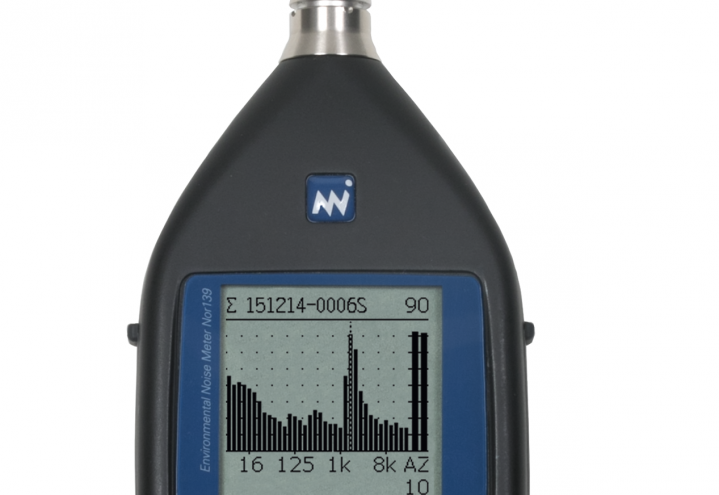 Environmental analyser Nor139 with windscreen