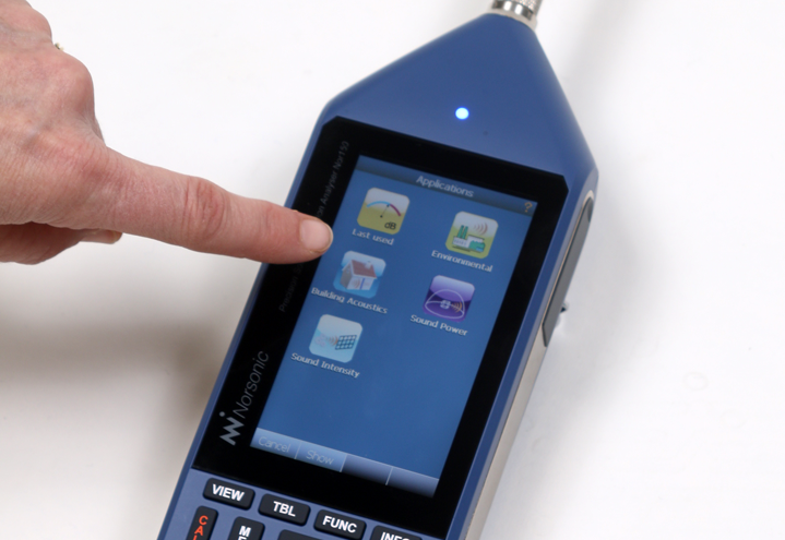 Nor150 Sound & Vibration Analyser - easy to use with touch screen